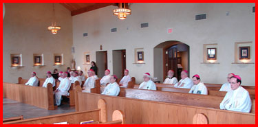 blog2007-08-24-bishops-mass-group-left.jpg