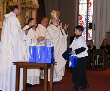 Altar server appreciation Mass, Oct. 4, 2008 at the Cathedral of the Holy Cross.<br /> Pilot photo/courtesy Andres Enrique