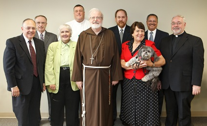 Members of the Office of Child Advocacy's Implementation and Oversight Advisory Committeemeet with with Cardinal Sean P. O'Malley at the Boston Archdiocese's Pastoral Ceneter Aug. 6, 2009. Pilot photo/ Gregory L. Tracy