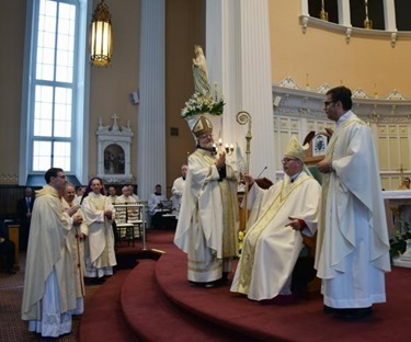 BpCoyne_10th bishop of burlington installed