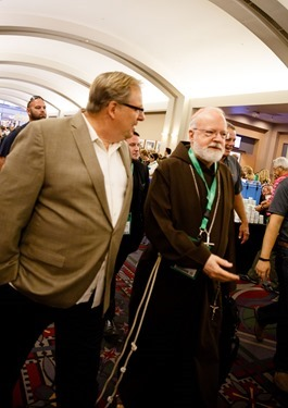 Cardinal O'Malley delivers a joint keynote address with Pastor Rick Warren, senior pastor of Saddleback Church in Lake Forest, Calif., at the World Meeting of Families in Philadelphia Sept. 25, 2015. Pilot photo/ Gregory L. Tracy