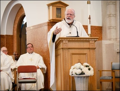 'Share the Journey' Mass at St. Mary Church in Lynn, Sept. 27, 2017. Pilot photo/ Mark Labbe