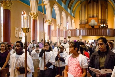 Altar Server Appreciation Mass, Oct. 21, 2017, St. Mary Church in Waltham. Pilot photo/ Kelsey Cronin