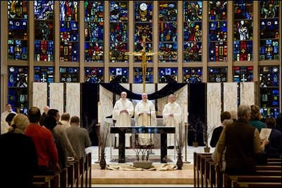 Mass at St. Anthony Shrine in Boston held before the March for Our Lives rally, March 24, 2018. Pilot photo/ Mark Labbe
