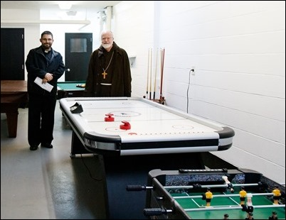 Cardinal O'Malley visits the Youth Center at St. Joseph Parish, Lynn Nov. 9, 2018. Pilot photo/ Jacqueline Tetrault