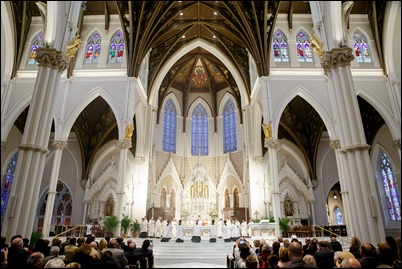 Mass for the Dedication of the Altar of the Cathedral of Holy Cross, April 13, 2019.  Pilot photo/ Gregory L. Tracy