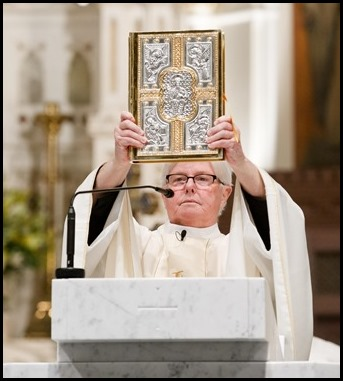 Cardinal Sean P. O'Malley celebrates the Holy Thursday Mass of the Last Supper at the Cathedral of Holy Cross, April 9, 2020. Photo by Gregory L. Tracy, The Pilot