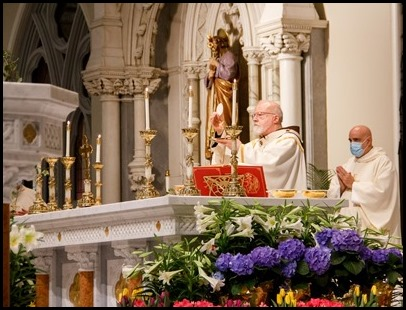 Cardinal O'Malley celebrates the Easter Vigil at the Cathedral of the Holy Cross April 3, 2021. Pilot photo/ Jacqueline Tetrault